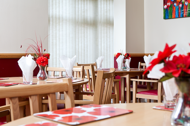 Nursing Home Dining Room Decorations
